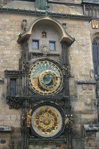 RelojPraga-200x300